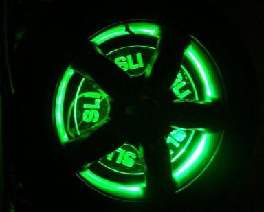 porsche_wheel_casemod_lit.jpg